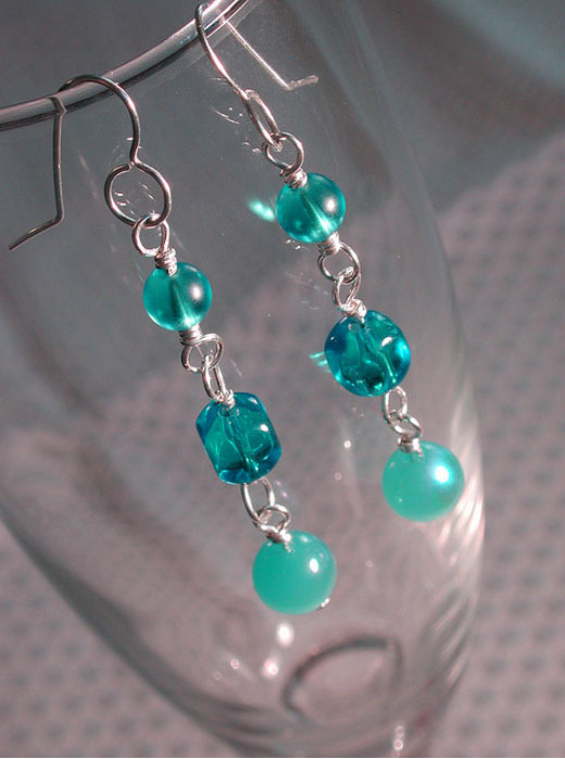 An Earring A Week | Create a new earring wardrobe, one week at a time